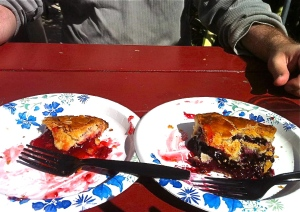 Luke's was raspberry rhubarb and mine was boysenberry